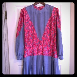 Dresses & Skirts - Vintage 80's Mid-Length Dress